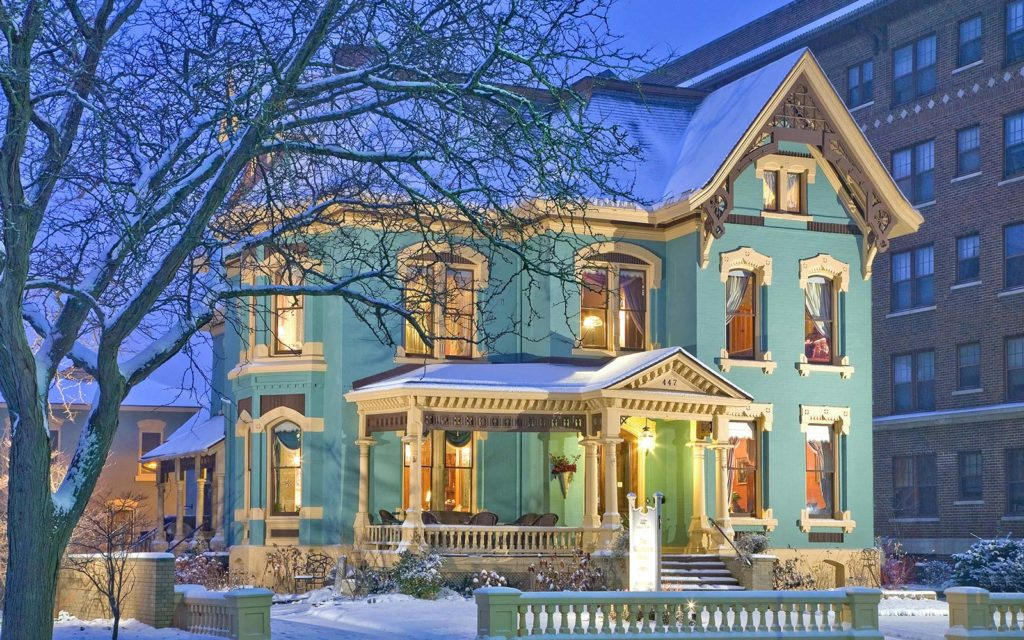 Kalamazoo bed and breakfast and the number one rated property is kalamazoo house